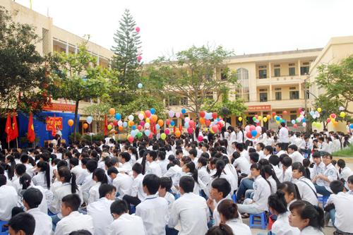 Giáo sư Nguyễn Đình Hương góp ý, chương trình phổ thông chỉ cần 10 năm
